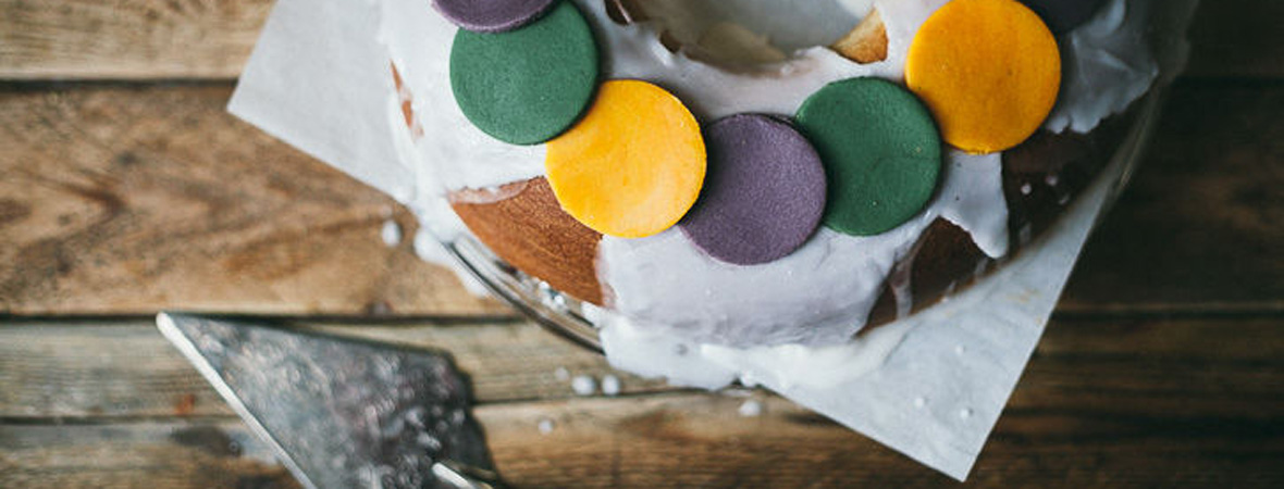Mardi Gras: Bread Maker King Cake