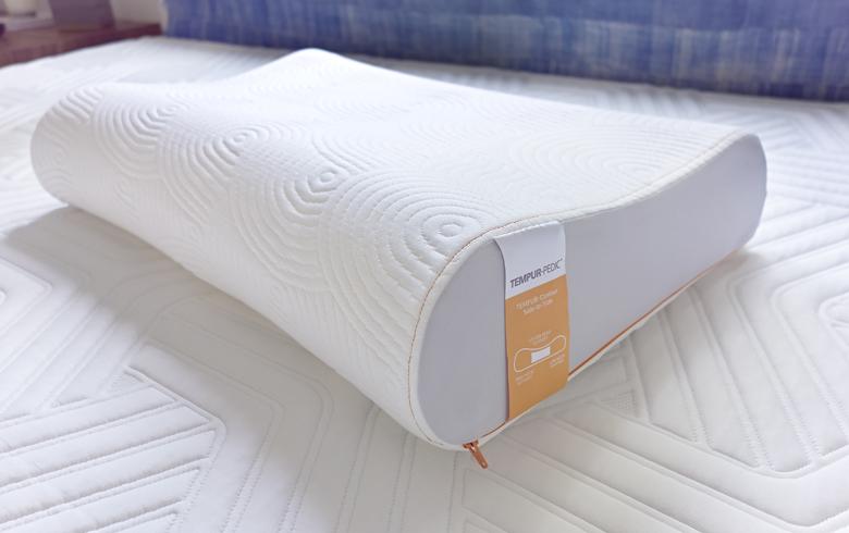 High Tech Guest Room Choosing A Mattress Amp Pillows