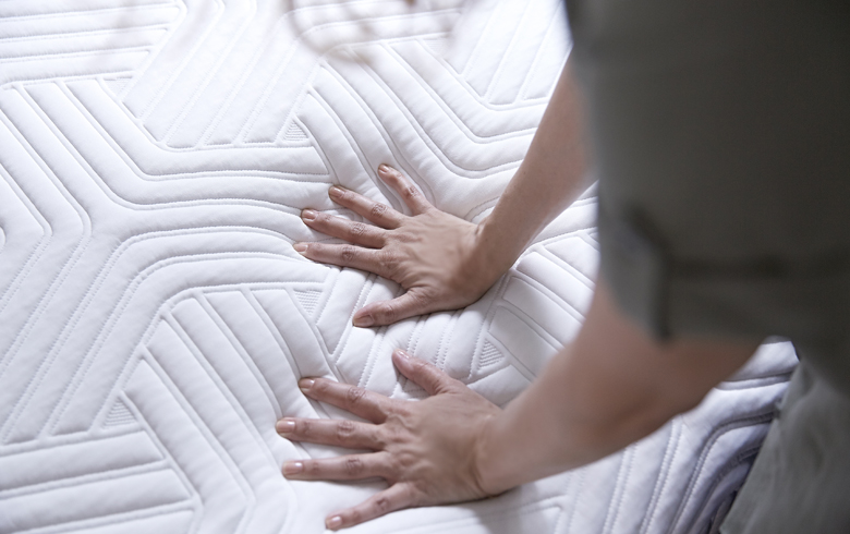 choosing a mattress: tempur-pedic