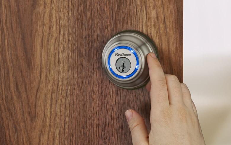 smart locks: Kevo