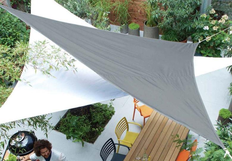 dining outdoors: Shade sail