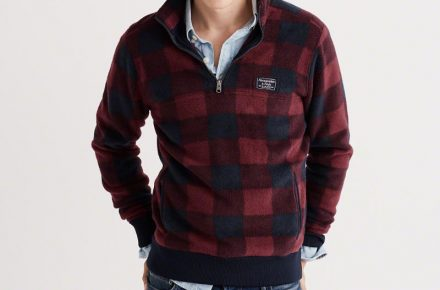 Abercrombie & Fitch Trail Fleece half-zip pullover in Burgundy plaid