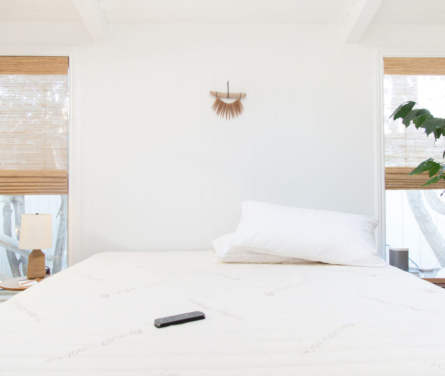 Beach House Tech Wellness Retreat: Non-toxic mattress Saatva Zenhaven