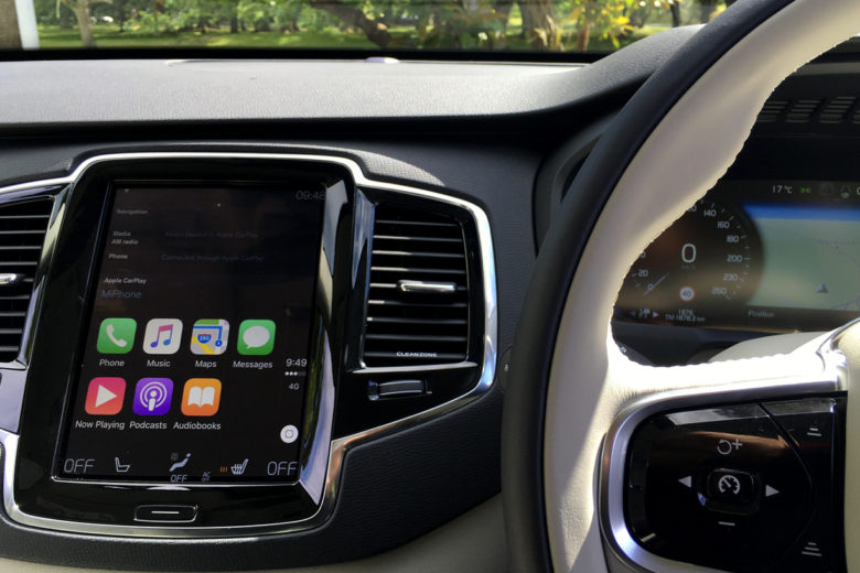 Volvo XC90 Apple CarPlay: Car Technology