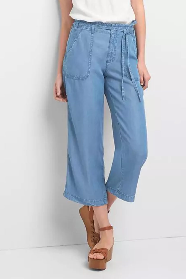 Gap Tencel Trousers: memorial day packing list