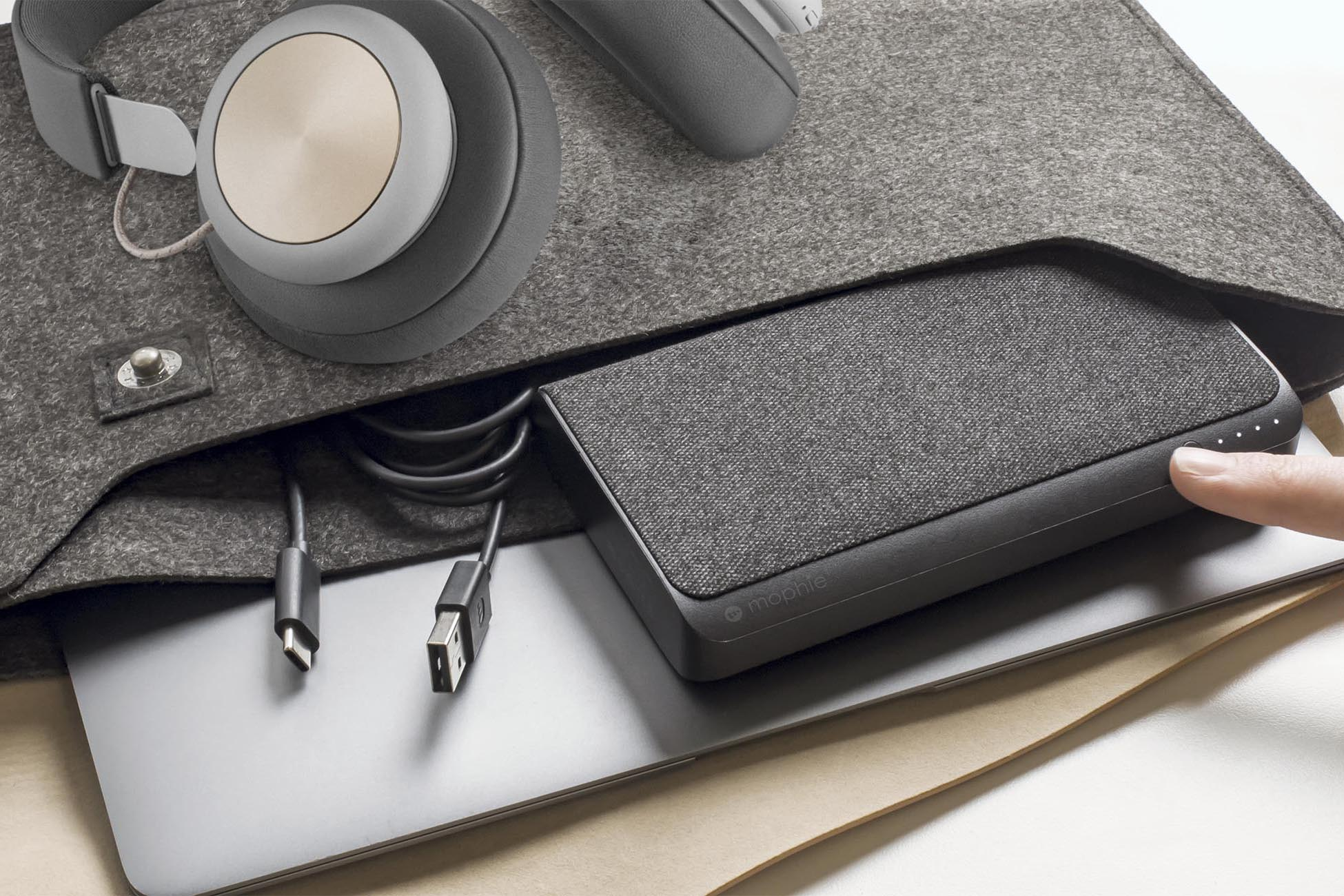 portable laptop battery: Mophie Powerstation USB-C XXL