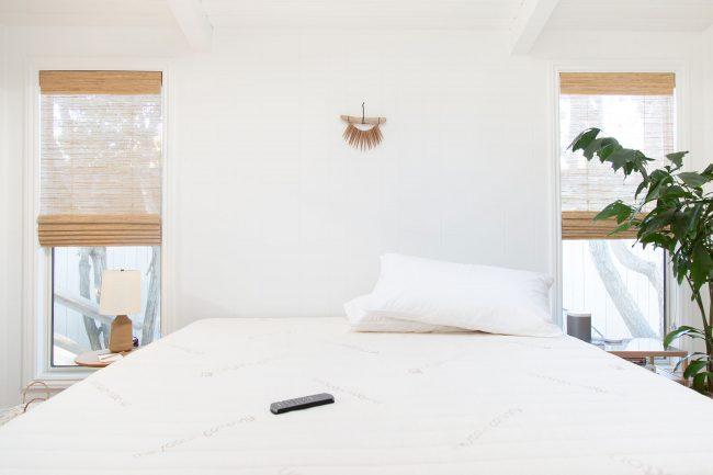 Beach House Tech Wellness Retreat: Non-toxic mattress Saatva Zenhaven